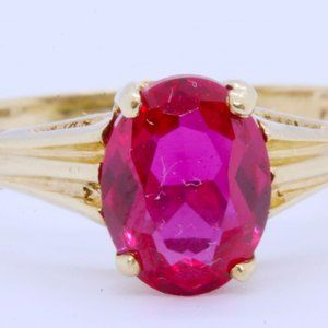 10K Gold Oval Lab-Created Ruby Ring Size-6.75
